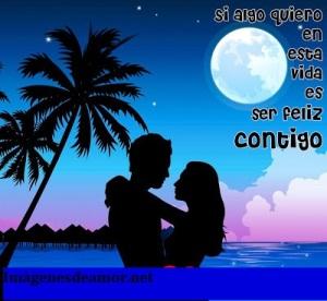 pareja-en-noche-de-playa-con-cielo-azul-si-algo-quiero-en-esta-vida-es-ser-feliz-contigo