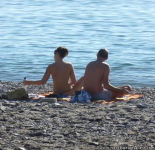 Pareja-Romantica-Playa-FDG